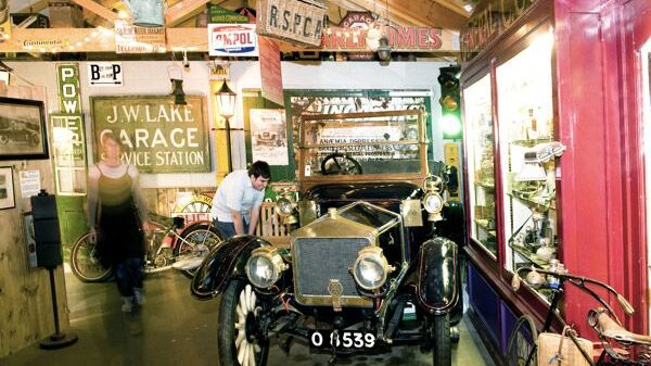 Cotswold Motoring Museum's objects d'car